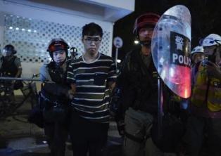 16주째 이어진 홍콩 시위, 주말 곳곳서 시위대 경찰간 충돌