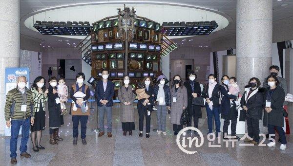 허태정 대전시장, 대전시립미술관에서 토요산책